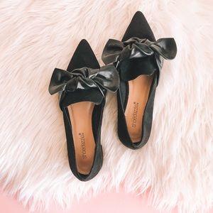 Shoedazzle Linda Bow Pointed Flats